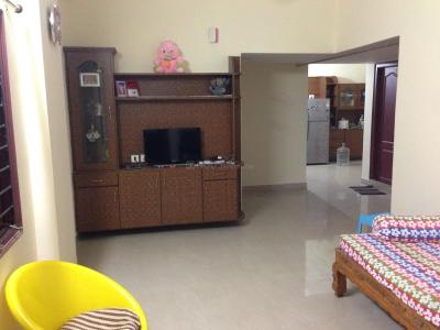 Gallery Cover Image of 940 Sq.ft 2 BHK Apartment for rent in BR Hemadurga Towers, Hafeezpet for 18500