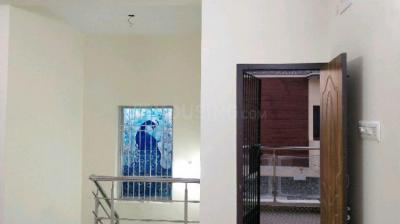 Gallery Cover Image of 1200 Sq.ft 2 BHK Independent Floor for rent in KPN Sri Sai Baba Nagar, Urapakkam for 15000