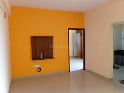 Gallery Cover Image of 575 Sq.ft 1 BHK Apartment for rent in Ashirwad Apartment, Mahadevapura for 15000