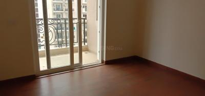 Gallery Cover Image of 1650 Sq.ft 3 BHK Apartment for rent in Sethi Max Royal, Sector 76 for 20000