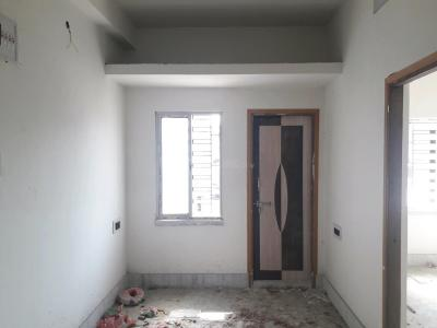 Gallery Cover Image of 790 Sq.ft 2 BHK Apartment for rent in Dum Dum for 8000