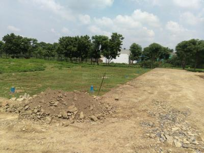 Gallery Cover Image of  Sq.ft Residential Plot for buy in Thandalam for 1879112