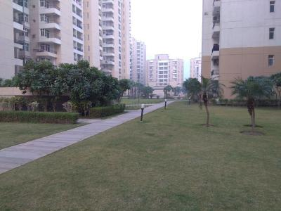 Gallery Cover Image of 1120 Sq.ft 2 BHK Apartment for buy in Omaxe Palm Greens, MU Greater Noida for 4600000