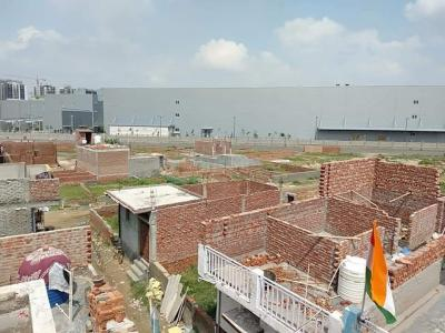 Gallery Cover Image of 900 Sq.ft Residential Plot for buy in Sector 76 for 1600000