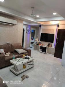 Gallery Cover Image of 630 Sq.ft 1 BHK Apartment for rent in Kharghar for 11000