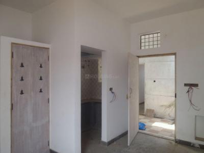 Gallery Cover Image of 425 Sq.ft 1 BHK Apartment for rent in Sanjay Gandhi Nagar for 6000