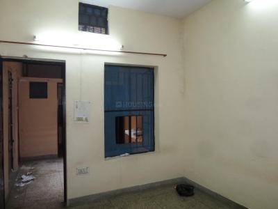Gallery Cover Image of 250 Sq.ft 1 RK Independent Floor for rent in Sc 312, Shastri Nagar for 4500