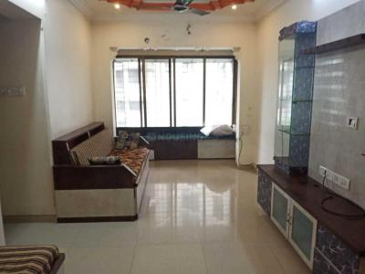 Gallery Cover Image of 575 Sq.ft 1 BHK Apartment for rent in Kandivali West for 26000