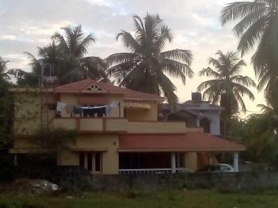 Gallery Cover Image of 2500 Sq.ft 3 BHK Villa for buy in Baikampady for 12000000