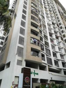 Gallery Cover Image of 1200 Sq.ft 3 BHK Apartment for buy in Kandivali East for 18500000