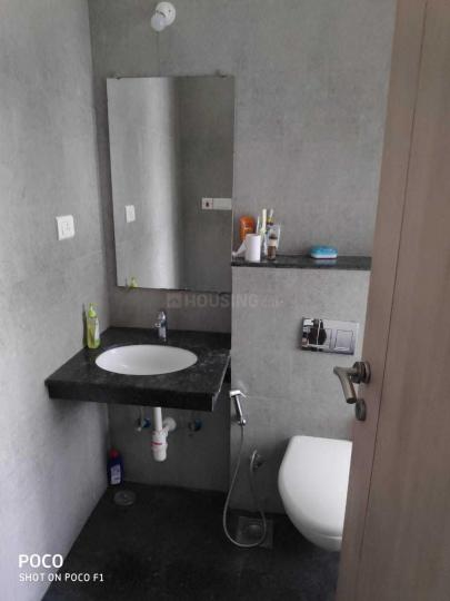 Common Bathroom Image of 13300 Sq.ft 3 BHK Apartment for rent in Bandra East for 180000