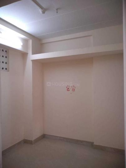 Bedroom Image of 309 Sq.ft 1 BHK Apartment for rent in Prabhadevi for 17000
