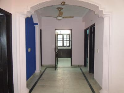 Gallery Cover Image of 1600 Sq.ft 3 BHK Apartment for rent in Malviya Nagar for 35000