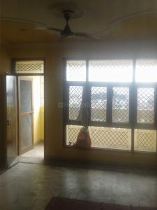 Gallery Cover Image of 1700 Sq.ft 3 BHK Apartment for rent in Garden Apartments, Vaishali for 21000