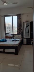 Gallery Cover Image of 1800 Sq.ft 3 BHK Apartment for rent in Kharar for 15000