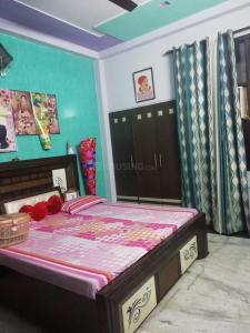 Gallery Cover Image of 1350 Sq.ft 3 BHK Independent Floor for buy in Govindpuram for 3700000