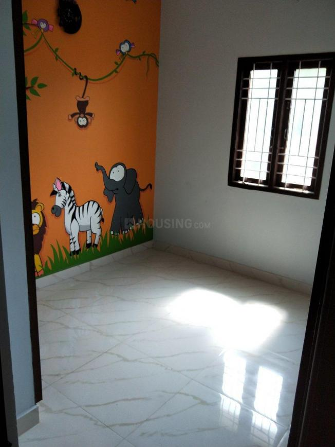 Bedroom Image of 1150 Sq.ft 3 BHK Apartment for rent in Poonamallee for 12000