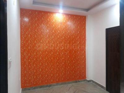 Gallery Cover Image of 500 Sq.ft 2 BHK Independent Floor for rent in Sector 25 Rohini for 9000