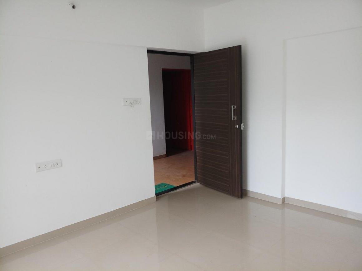 Living Room Image of 652 Sq.ft 1 BHK Apartment for rent in Kharadi for 12000