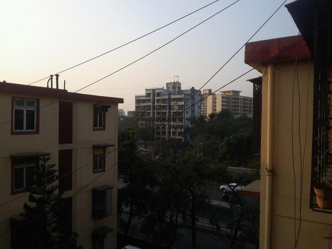Living Room Image of 750 Sq.ft 2 BHK Apartment for rent in Sion for 35000