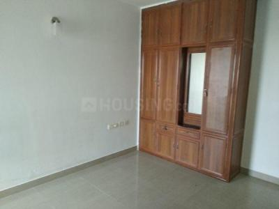 Gallery Cover Image of 1400 Sq.ft 3 BHK Apartment for buy in Travancore Whiteland, Vennala for 6800000