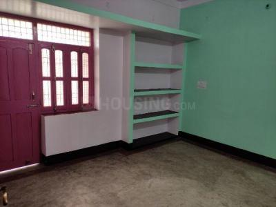 Gallery Cover Image of 800 Sq.ft 2 BHK Independent Floor for rent in Sadhapur for 6000