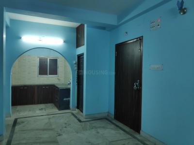 Gallery Cover Image of 1000 Sq.ft 3 BHK Apartment for rent in Tangra for 16000