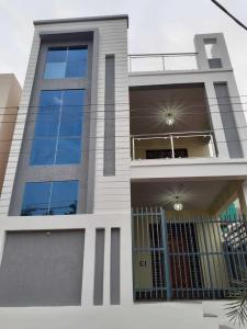 Gallery Cover Image of 1350 Sq.ft 3 BHK Independent House for buy in Bandlaguda Jagir for 8800000