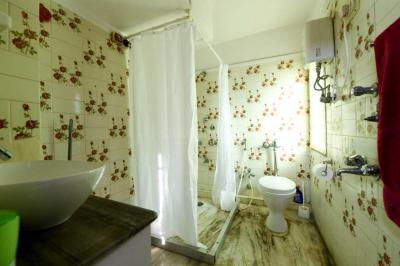 Bathroom Image of PG 4314090 Prabhadevi in Prabhadevi