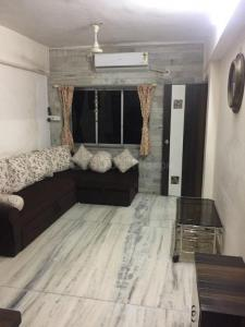 Gallery Cover Image of 850 Sq.ft 2 BHK Apartment for buy in Bachani Nagar, Malad East for 10300000