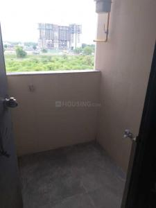 Gallery Cover Image of 1500 Sq.ft 3 BHK Apartment for rent in Shilaj for 20000