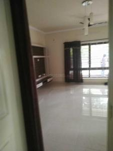 Gallery Cover Image of 1300 Sq.ft 3 BHK Apartment for rent in Basaveshwara Nagar for 28000