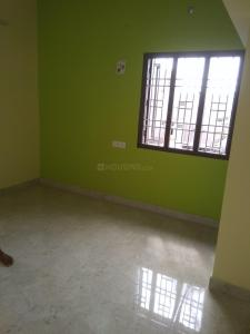 Gallery Cover Image of 1000 Sq.ft 2 BHK Apartment for rent in Thoraipakkam for 20000