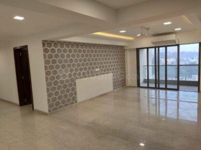 Gallery Cover Image of 5750 Sq.ft 4 BHK Apartment for rent in Sunteck Signia Pearl, Bandra East for 450000