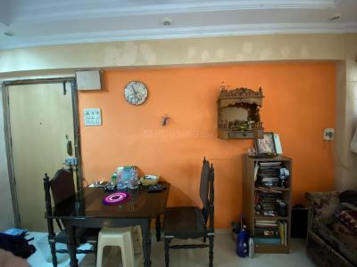 Gallery Cover Image of 400 Sq.ft 1 BHK Apartment for rent in Dadar West for 35000