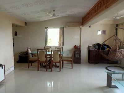 Gallery Cover Image of 900 Sq.ft 2 BHK Apartment for buy in Malabar Hill for 35000000