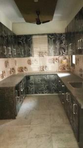 Gallery Cover Image of 2600 Sq.ft 4 BHK Apartment for rent in Sector 3 Dwarka for 40000