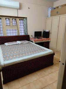 Gallery Cover Image of 1250 Sq.ft 3 BHK Independent House for rent in Uppal for 15000