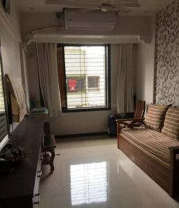 Gallery Cover Image of 650 Sq.ft 1 BHK Apartment for buy in Seawoods for 6800000