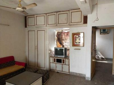 Gallery Cover Image of 1000 Sq.ft 1 BHK Apartment for rent in Ambawadi for 14000