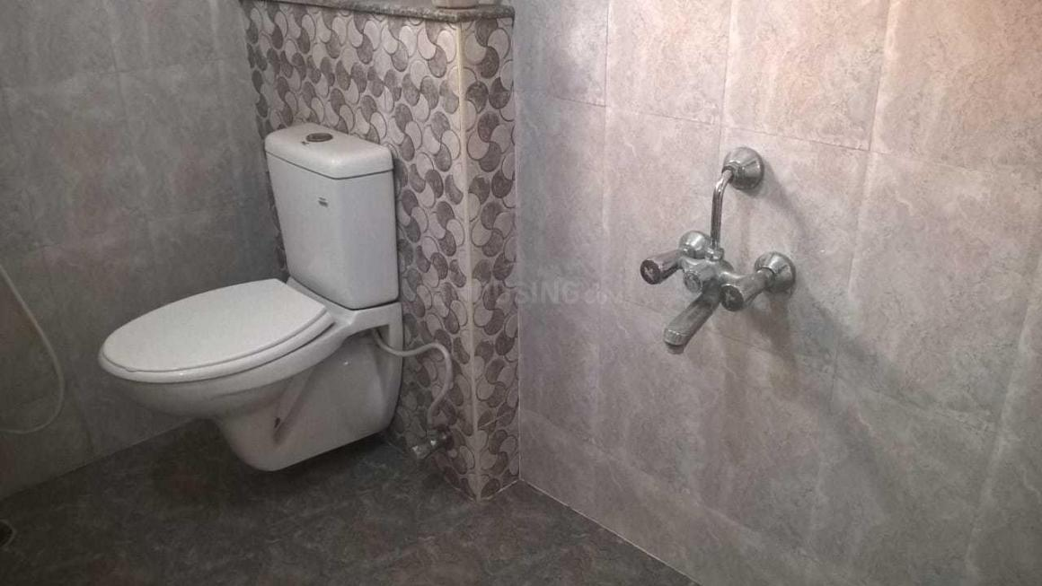 Common Bathroom Image of 1030 Sq.ft 2 BHK Apartment for rent in Padi for 19000