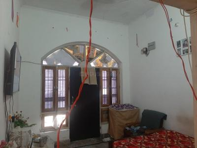 Gallery Cover Image of 780 Sq.ft 3 BHK Independent Floor for rent in Shastri Nagar for 6000