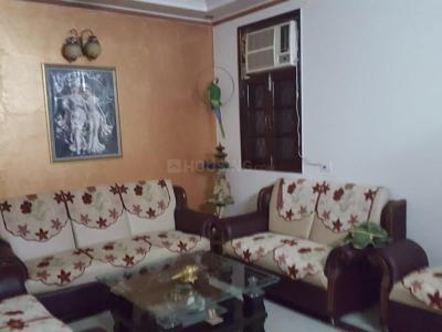 Gallery Cover Image of 1600 Sq.ft 3 BHK Independent Floor for buy in Laxmi Nagar for 10000000