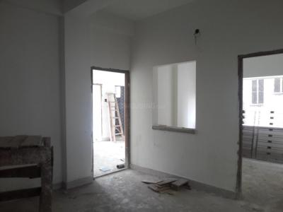 Gallery Cover Image of 1030 Sq.ft 3 BHK Apartment for rent in Dum Dum for 12000