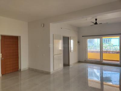 Gallery Cover Image of 1650 Sq.ft 3 BHK Apartment for rent in Thiruvanmiyur for 45000