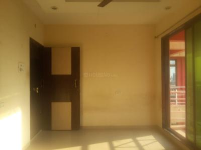 Gallery Cover Image of 720 Sq.ft 1 BHK Apartment for rent in Seawoods for 19500