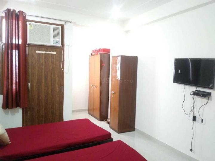 बालाजी पीजी इन सेक्टर 48 के बेडरूम की तस्वीर