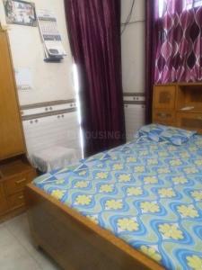 Bedroom Image of Girls PG in Sector 28