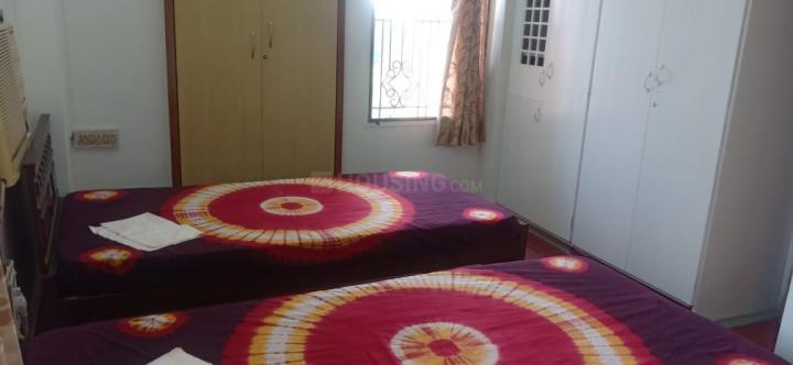 नुंगंबक्कम में जेमिनी पारसन अपार्टमेंट के बेडरूम की तस्वीर