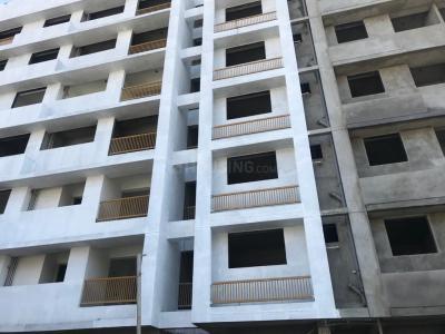Gallery Cover Image of 1890 Sq.ft 3 BHK Apartment for buy in Hiradhan Tripad Flat, Narayan Nagar for 11000000
